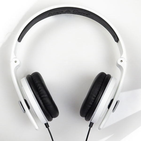 angle-curve-carboncans-lite-headphones-trooper-white-chrome-w-mic-angle-curve-cover