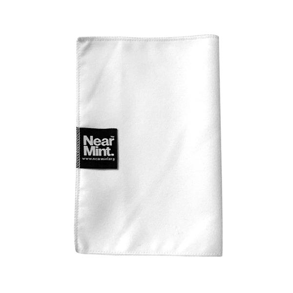 near-mint-near-mint-microfibre-cleaning-cloth-near-mint-cover