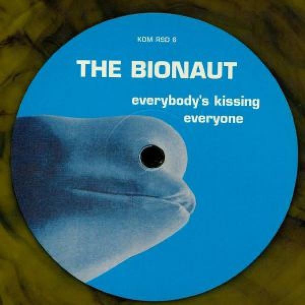the-bionaut-everybodys-kissing-everyone-lp-kompakt-cover