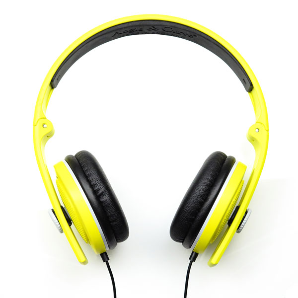 angle-curve-carboncans-lite-headphones-sunset-yellow-lunar-grey-w-mic-angle-curve-cover