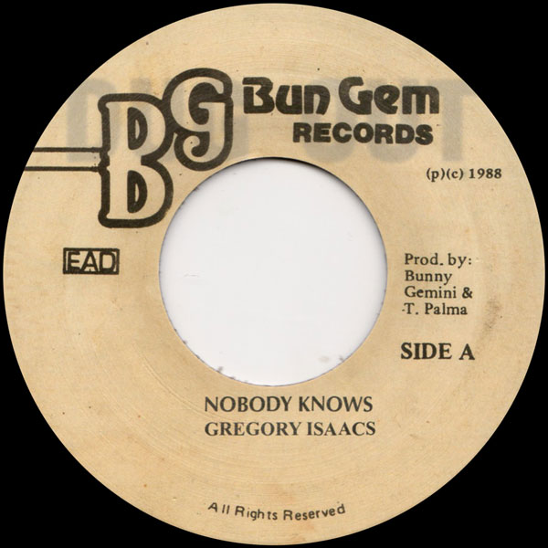 gregory-isaacs-nobody-knows-dug-out-cover